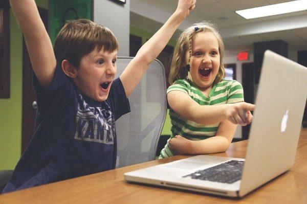 Orthoclavier : logiciel pour apprendre à utiliser un clavier